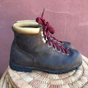 Vasque vintage Made in Italy hiking boots